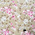 Tela resinada anti-manchas flor japon fondo beige
