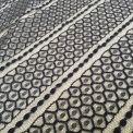 Encaje hexagonal negro